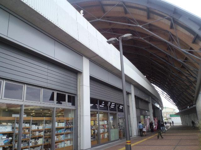 高知駅ゼヨ